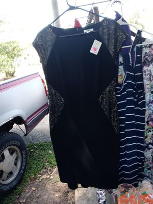 Women's Tops, Dresses, Rompers, Dress Pants & other Women & Men's Clothes for Sale in Chalmette, LA