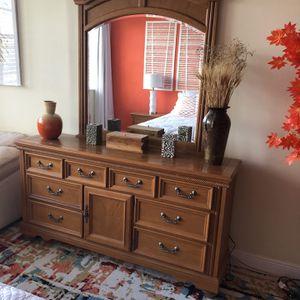 Furniture Free For Barter for Sale in Miami, FL