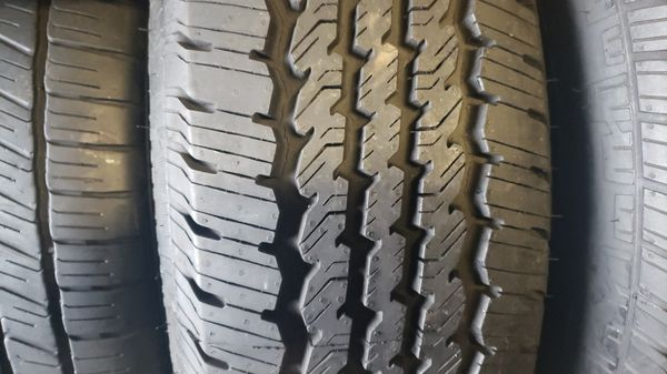 2 tires with size 275/70/18