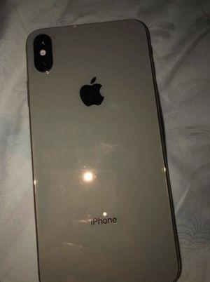 iPhone XS Max for Sale in Jonesboro, GA