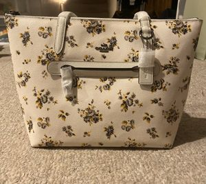 *New * Coach Floral Purse for Sale in Castle Rock, CO