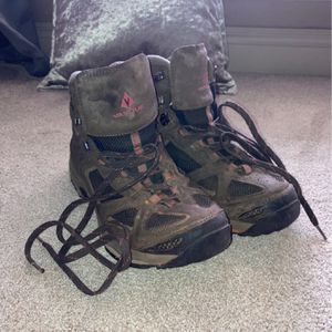 USED Vasque Mens WATERPROOF Hiking Boots size 13W for Sale in Oklahoma City, OK