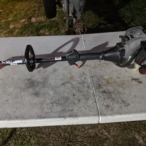 Craftsman 25cc Weedeater Head for Sale in Riverview, FL