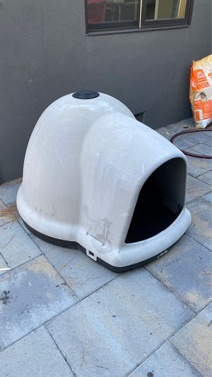 Dog Igloo House for Sale in Redwood City, CA