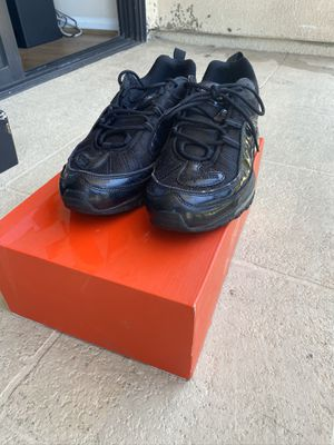 Supreme x Nike Air Max 98 sz10 for Sale in Los Angeles, CA