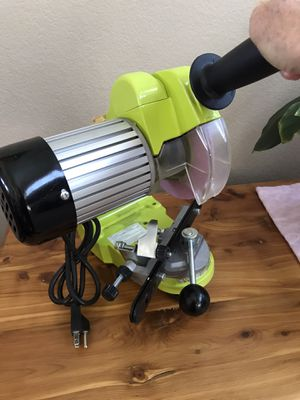 Timber Tuff Upright Bench Mount Electric Chainsaw Chain Sharpener, CS-BWM for Sale in Henderson, NV