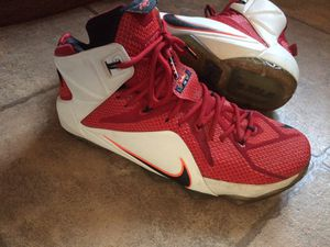 Nike lebron 12 shoes good condition size 11 probably will fit size 10-11.5 for Sale in Camden, DE