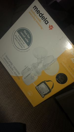 Medela breast pump for Sale in Minot, ND