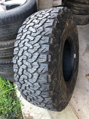 35/12.5/15 BFG Tires for Sale in San Antonio, TX