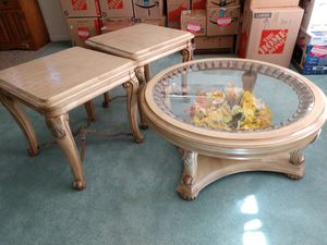 Coffee table and two end tables for Sale in Coarsegold, CA