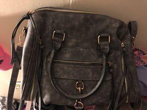 Gray purse for Sale in Las Vegas, NV