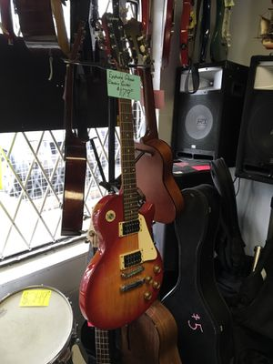 Epiphone Gibson electric guitar for Sale in Southington, CT