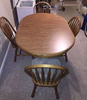 Quality kitchen table and chairs for Sale in Butler, PA