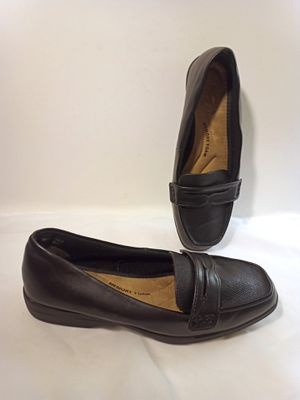 TIME & TRU Black Flat Loafers Women's Size 9W New for Sale in Lake Forest, CA