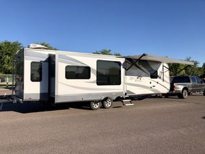 2017 Open Range Roamer 323RLS for Sale in Phoenix, AZ