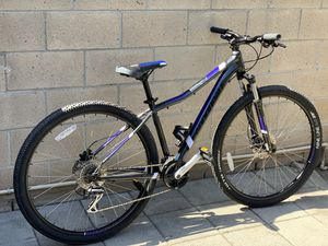 "Cannondale mountain bike 29"" size med for Sale in Anaheim, CA"