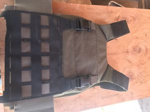 Tactical vest no plate inside and free item for Sale in San Jose, CA