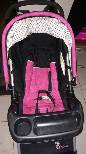 Minnie Mouse car seat and stroller for Sale in Tampa, FL