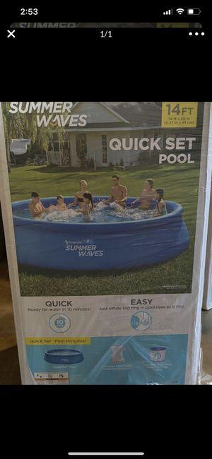 Summer Waves 14 ft quick set pool for Sale in Visalia, CA