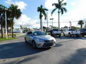 2016 Toyota Camry XLE for Sale in West Palm Beach, FL