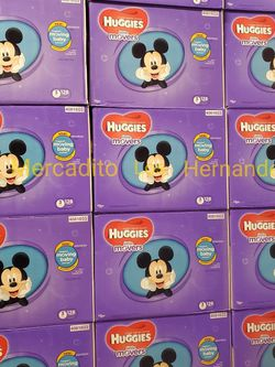 Huggies Diapers Size 3 Nuevos en Caja / 128pcs Firm Price / Pickup Only for Sale in Los Angeles,  CA