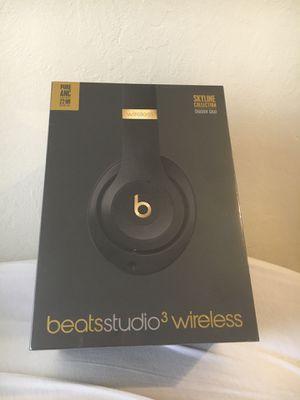 Beatstudio3 wireless headphone for Sale in Berkeley, CA