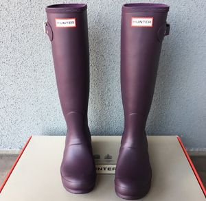 100% Authentic Brand New in Box Hunter Original Rain Boot / Color Grape Purple / Women size 6 and women size 8 for Sale in Walnut Creek, CA