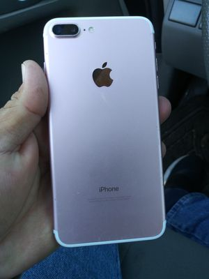 Iphone 7 plus for Sale in Lincoln Acres, CA