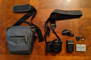 Nikon D5500 24.2MP DSLR Camera Black with Extras for Sale in Oreland, PA