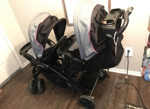 Baby Trend SIT N STAND Double stroller (girls) for Sale in Dallas, TX