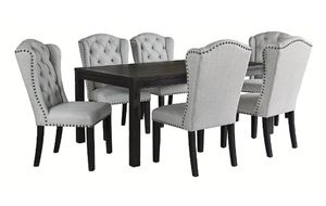 7 pcs dining table for Sale in Dallas, TX