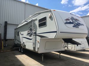 2005 Keystone Cougar 285 - fifth wheel for Sale in Gray, TN