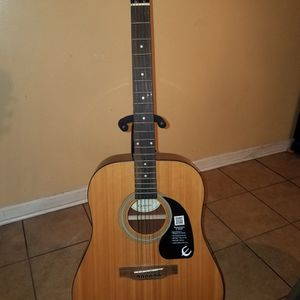 Guitar Epiphone for Sale in Charlotte, NC