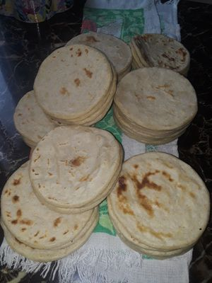 Hola ago tortillas para vender echas a mano for Sale in Frederick, MD