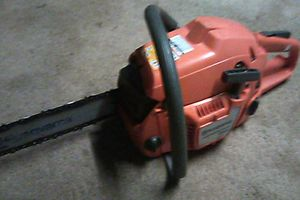 Husquavarna 350 chainsaw for Sale in Fairfield, CA