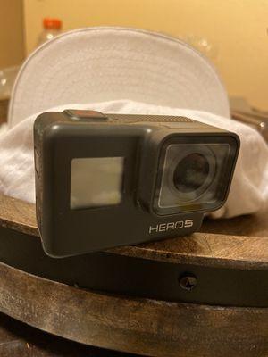 GoPro hero 5 for Sale in Sacramento, CA