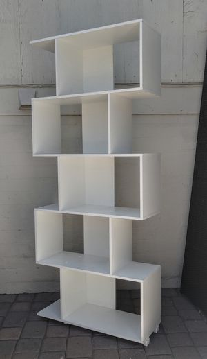 Very Cool Tall White Modular Bookcase Display Cabinet for Sale in Phoenix, AZ