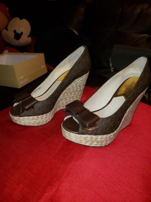 Michael Kors size 7.5 like New $30 for Sale in Palos Heights, IL