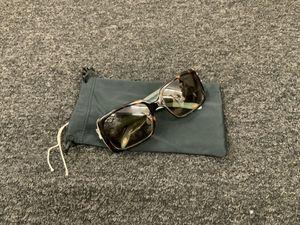 Tiffany & company sunglasses for Sale in Ellenwood, GA