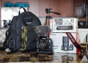 Canon 80D Camera Bundle Kit for Sale in North Miami Beach, FL