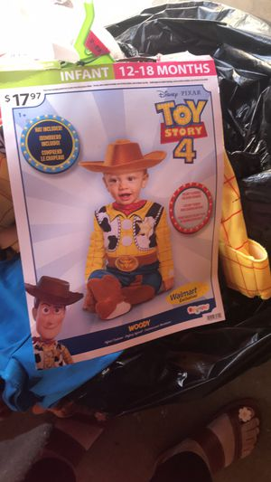 Toy story costume 12-18months for Sale in Los Angeles, CA
