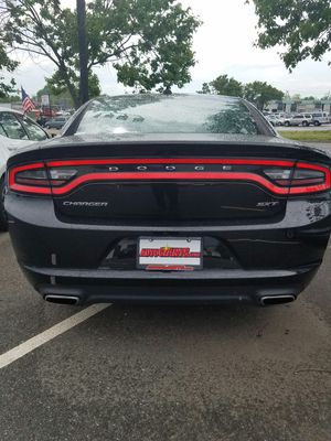 2017 Dodge Charger clean Carfax 1-owner for Sale in Manassas, VA
