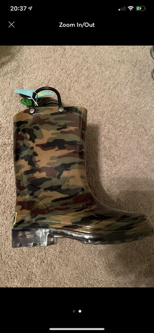 Brand new western chief camo rain boots for Sale in Fresno, CA