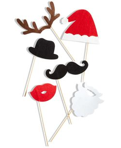 The Season Christmas Holiday Lane Set Of 6 Christmas Photo Booth Props for Sale in Norfolk,  VA
