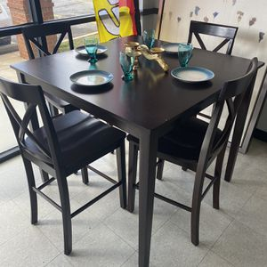 4 PIECE DINING TABLE SET for Sale in Marietta, GA