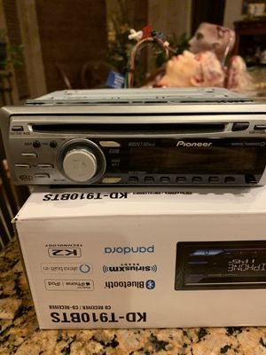 Car Stereo pioneer working for Sale in Phoenix, AZ