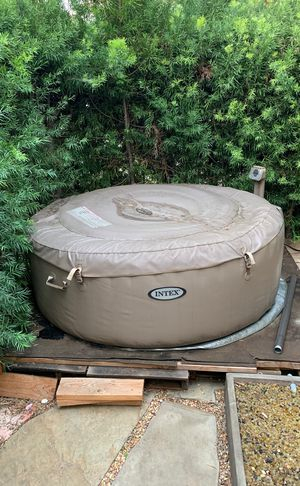INTEX JACUZZI for Sale in West Hollywood, CA