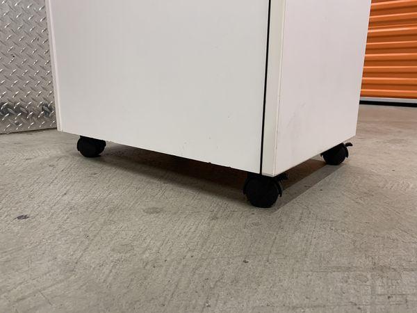 Filing Cabinet on Wheels
