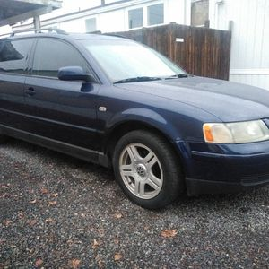 Nice 2001 AWD Volkswagen Passat Leather Loaded for Sale in Redmond, OR