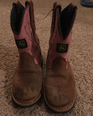 Girl boots size 11 for Sale in Salinas, CA
